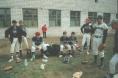 Бейсболисты бейсбольного клуба Флибустьеры в Арсеньеве на запасном стадионе стадиона Авангард